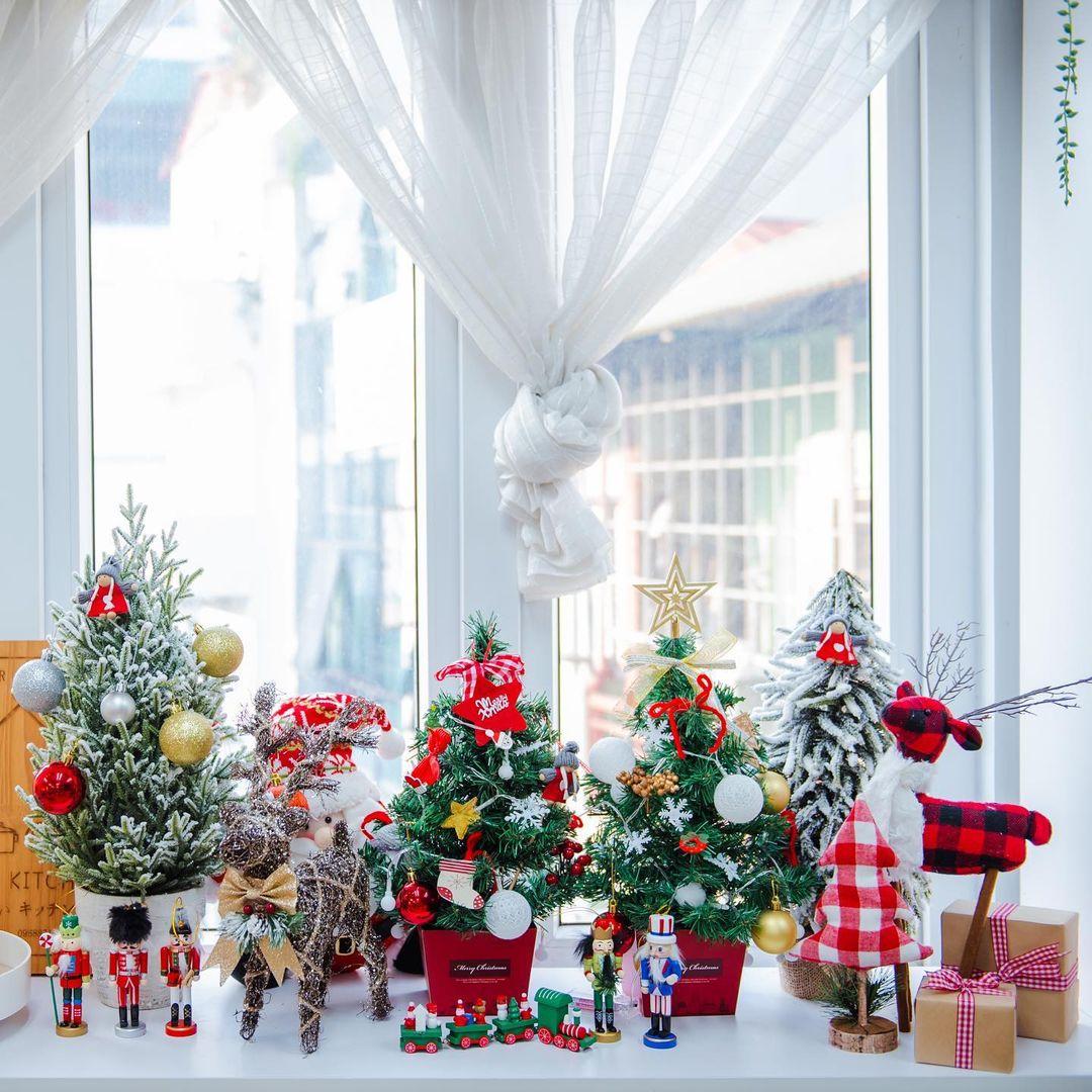 Sắm cây thông giả cho Noel: Hơn trăm nghìn hay tiền triệu đều có, loại nào cũng siêu đẹp - Ảnh 5.