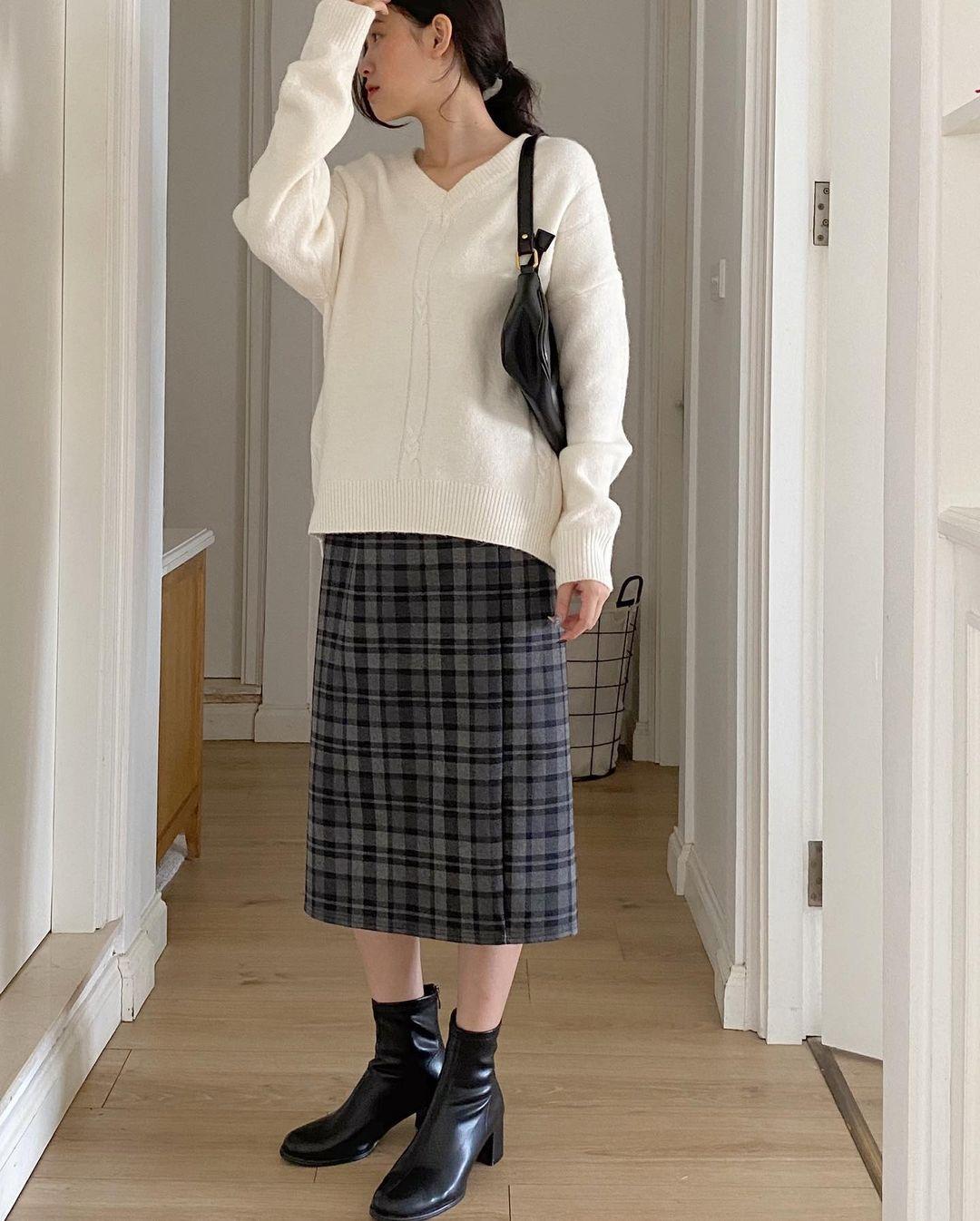 Chỉ từ 200k, các nàng đã sắm được chân váy dạ tweed ấm áp sang chảnh - Ảnh 7.