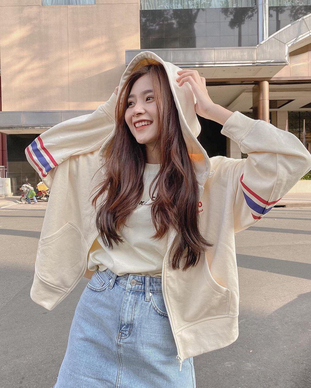 Sài Gòn lạnh rồi, sắm ngay áo khoác trendy từ 400k - Ảnh 2.