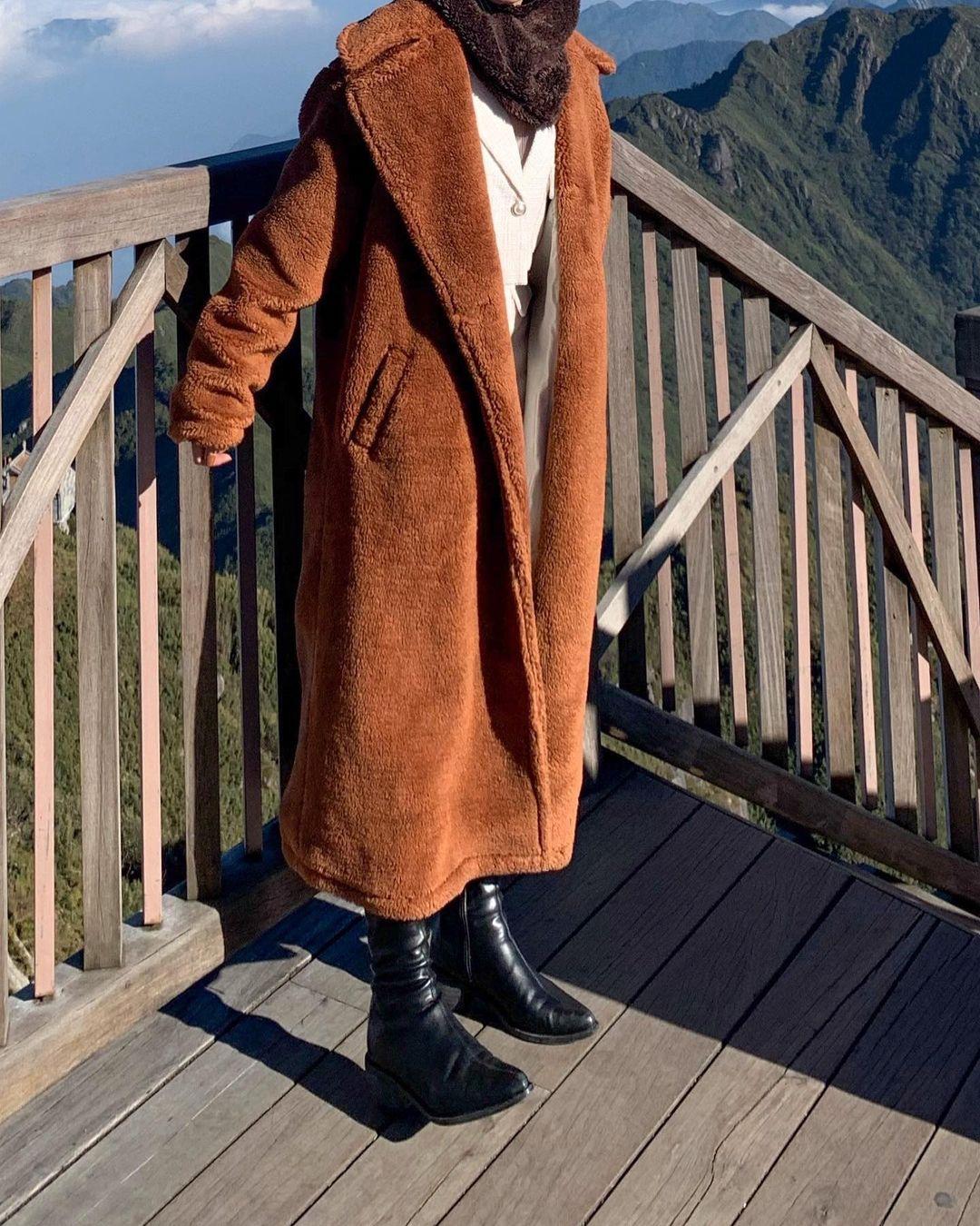 6 áo khoác xinh xẻo ít đụng hàng tại các shop hot, có cả set áo kèm túi xinh ngỡ ngàng - Ảnh 4.