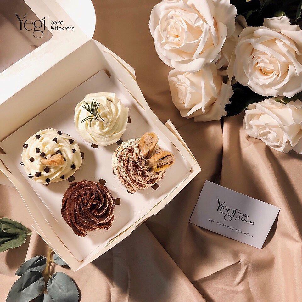 Từ 299K, bạn đã mua được set hoa + quà long lanh để tặng Valentine - Ảnh 1.