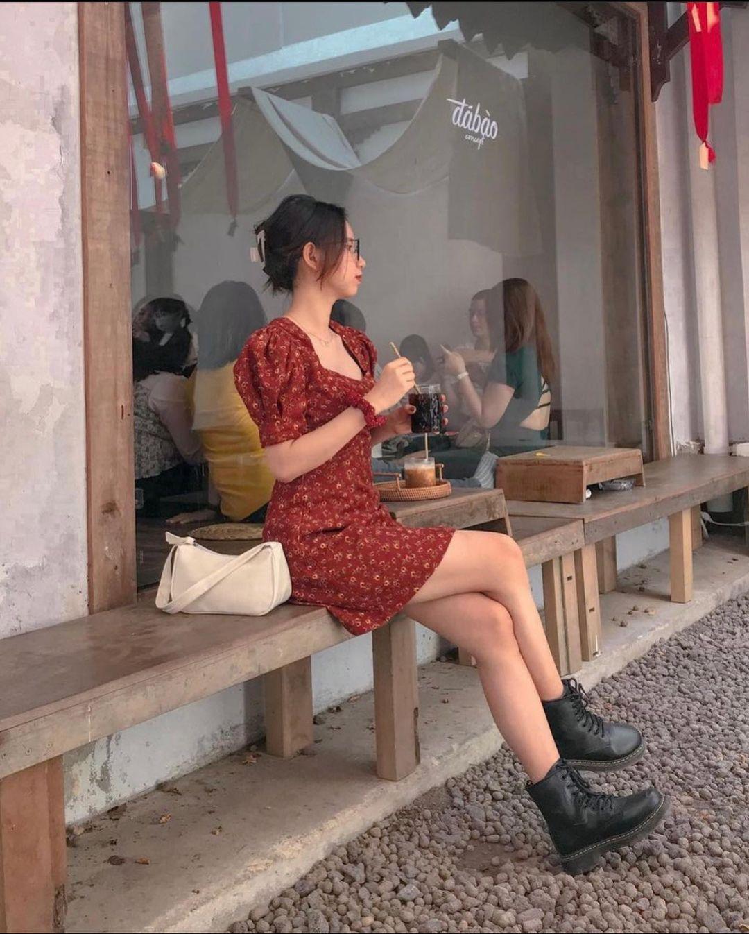 Đầu xuân Hòa Minzy mua váy hoa vintage, chị em muốn xinh như nàng thơ nên bắt chước - Ảnh 5.