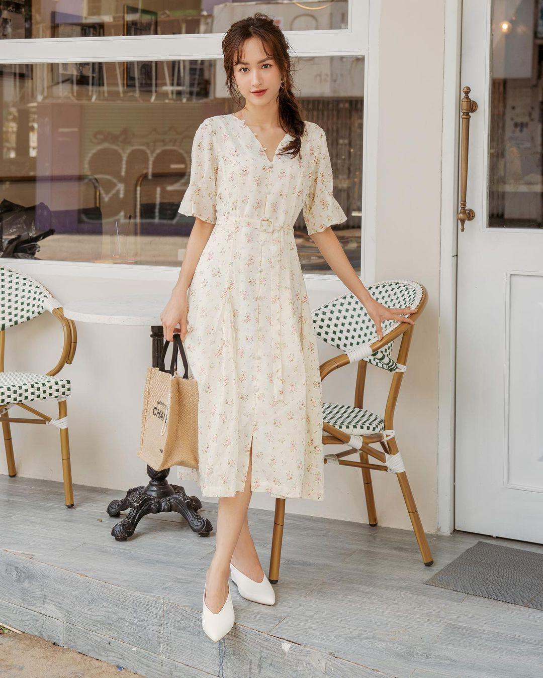Đầu xuân Hòa Minzy mua váy hoa vintage, chị em muốn xinh như nàng thơ nên bắt chước - Ảnh 2.