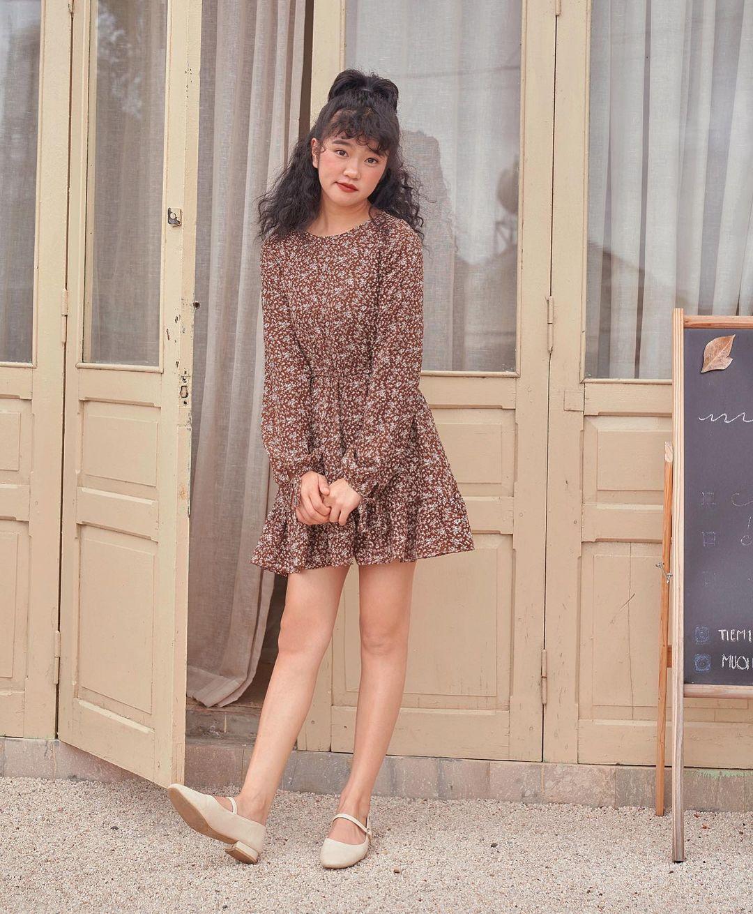 Đầu xuân Hòa Minzy mua váy hoa vintage, chị em muốn xinh như nàng thơ nên bắt chước - Ảnh 3.