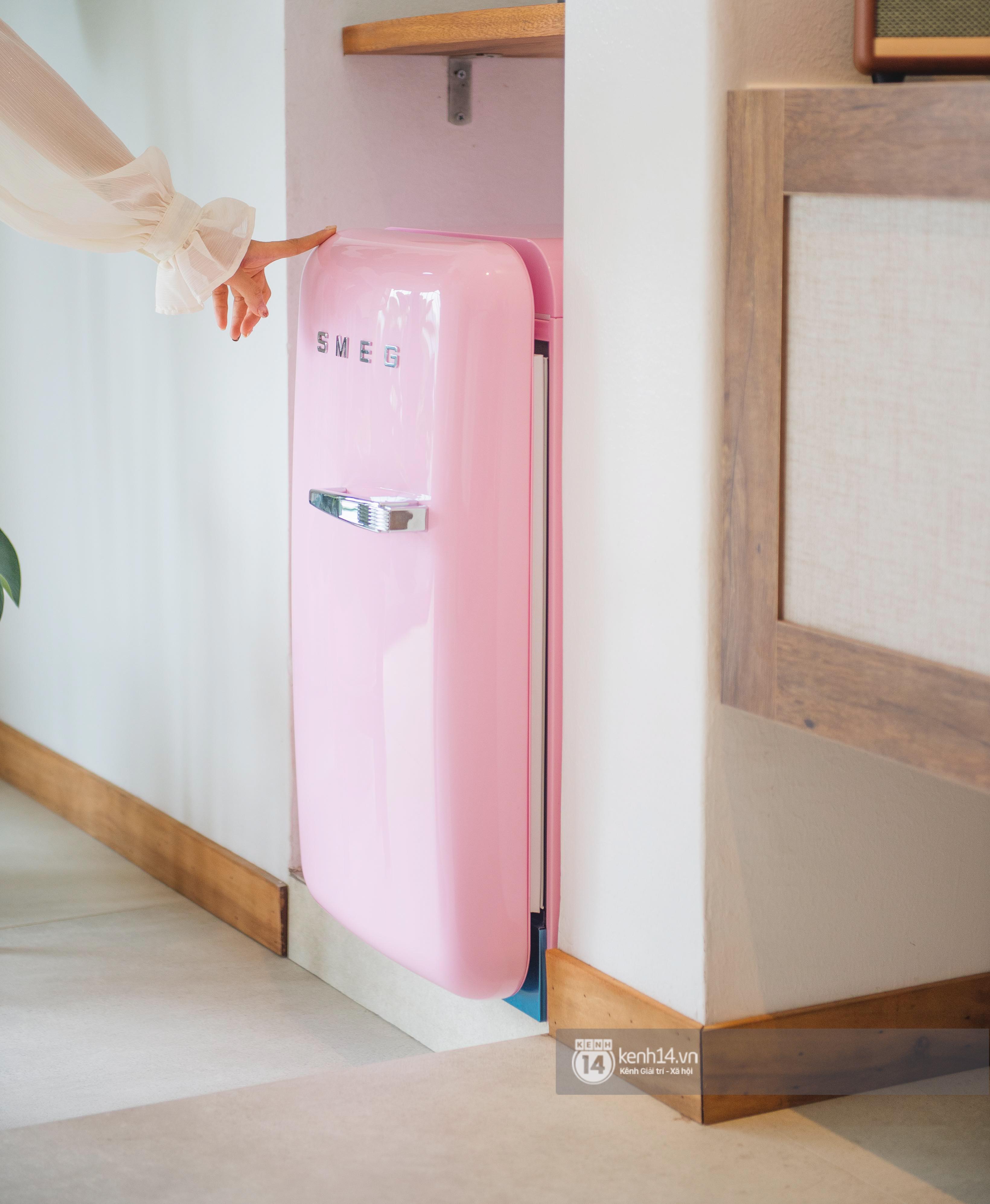 Đồ gia dụng nhà ca nương Kiều Anh quá đỉnh: Máy hút mùi ẩn hiện, tủ lạnh cũng phải ghép riêng 2 chiếc hơn 400 triệu - Ảnh 2.