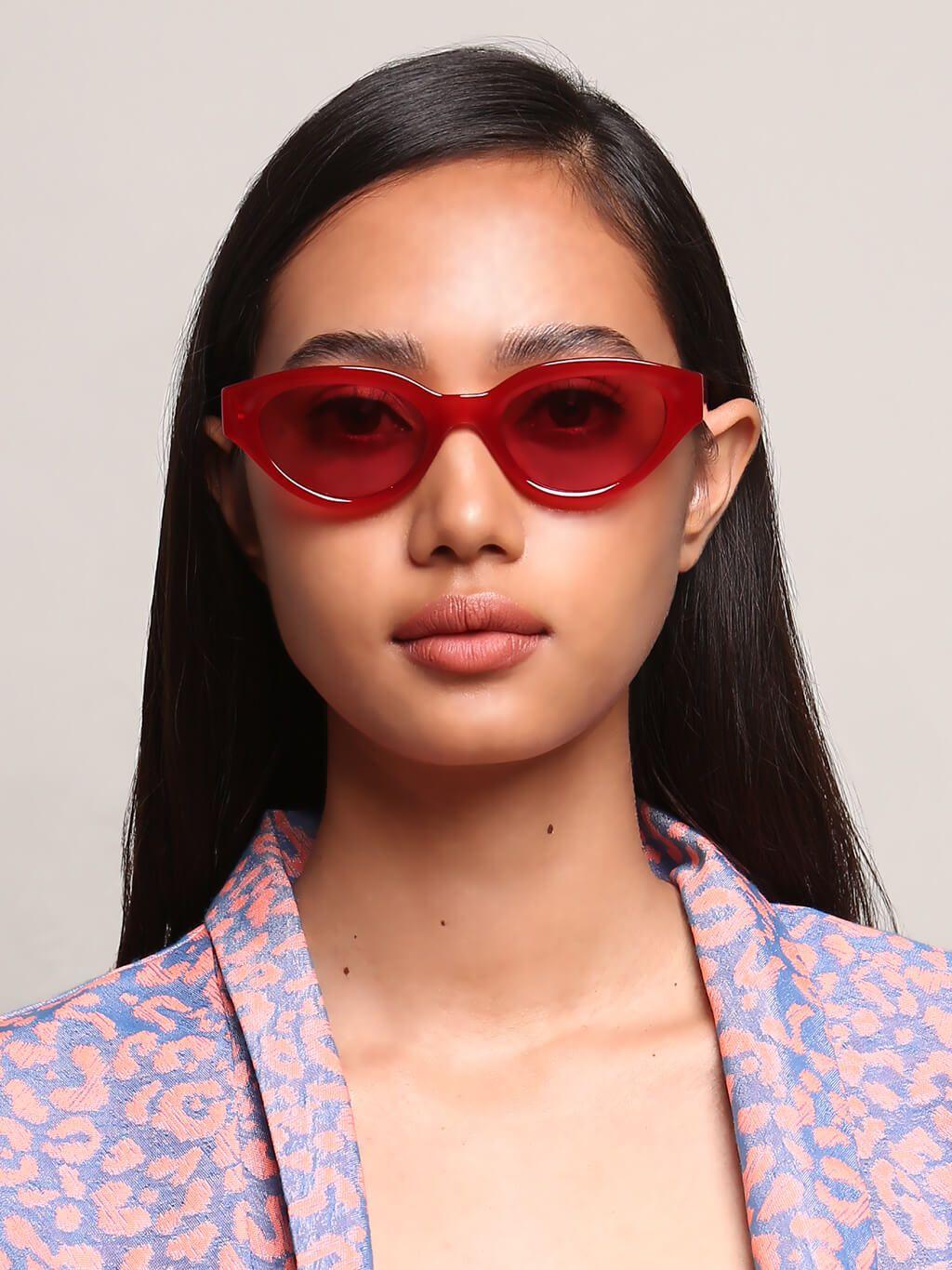 Cứ thắc mắc sao Jisoo hay mua đồ màu đỏ và tím, dễ là vì hợp mệnh Hỏa của cô nàng - Ảnh 7.