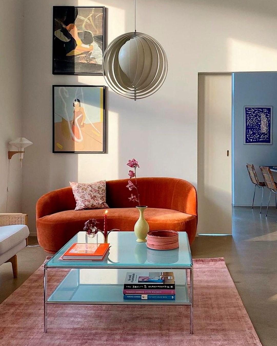 """Ngắm sofa xịn của sao Việt mà mê, ai muốn decor phòng khách sang xịn thì nên sắm 8 """"bé"""" này - Ảnh 13."""