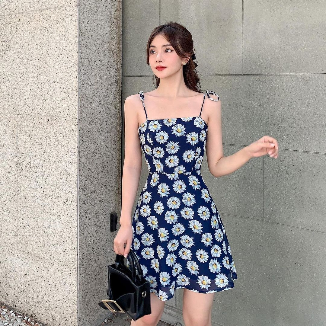 Mê váy hoa cúc hàng hiệu của Rosé thì đây là những mẫu na ná siêu rẻ chỉ từ 65k cho bạn - Ảnh 9.