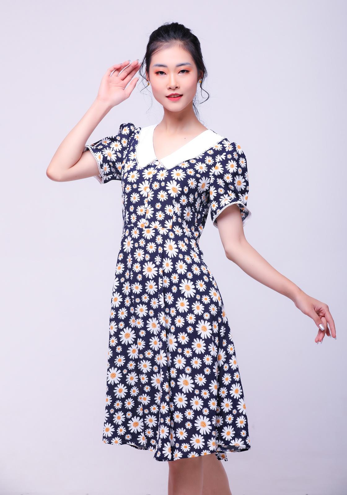 Mê váy hoa cúc hàng hiệu của Rosé thì đây là những mẫu na ná siêu rẻ chỉ từ 65k cho bạn - Ảnh 8.