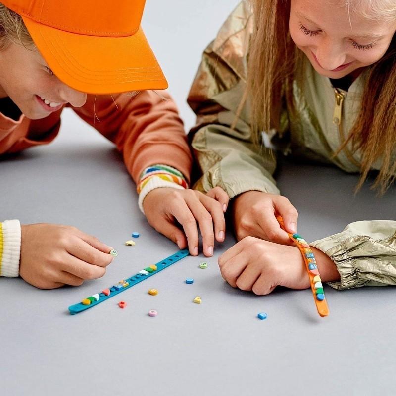 """Lisa đeo vòng tay Lego siêu cute giá chỉ 200k, muốn """"đu"""" theo quá là đơn giản luôn - Ảnh 5."""