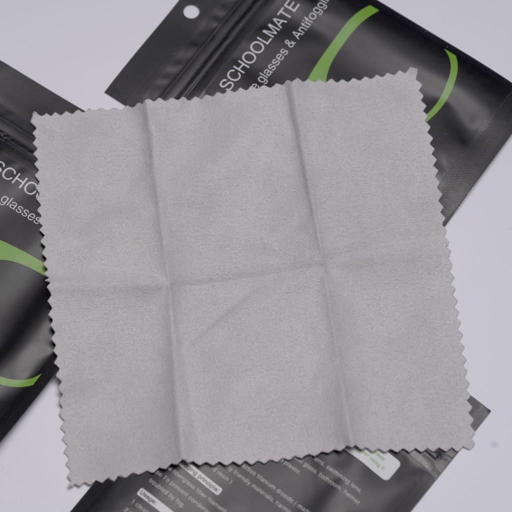 Chiếc khăn chống sương mờ giá 9k này có phải cứu tinh cho hội 4 mắt khi đeo khẩu trang? - Ảnh 1.