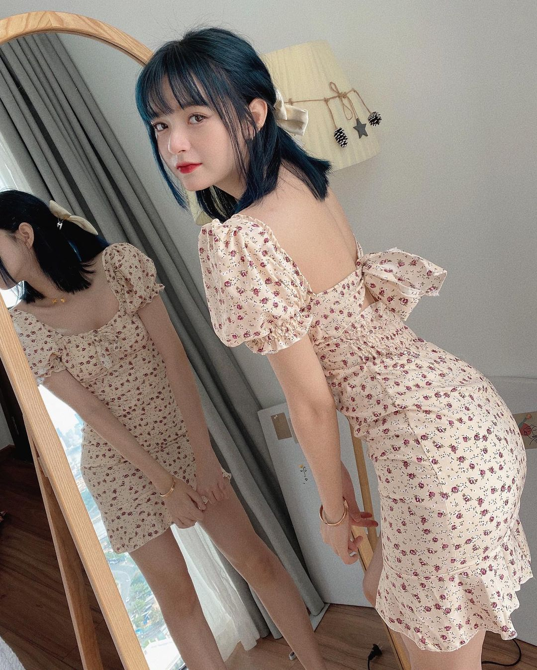 Chỉ từ 240k sắm váy hở lưng xinh yêu sexy lại mát rượi chấp hết nắng nóng Sài Gòn - Ảnh 2.