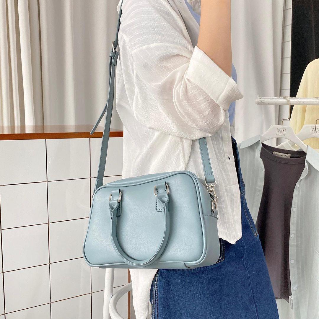 Jennie và Thiều Bảo Trâm cùng diện túi giá gần 4 triệu, chị em có thể sắm mẫu na ná rẻ bằng 1/10 - Ảnh 8.