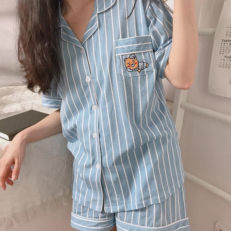 Jisoo diện bộ pyjama gần 3 triệu, chị em thích thì sắm mấy bộ tương tự giá chỉ vài trăm này - Ảnh 6.
