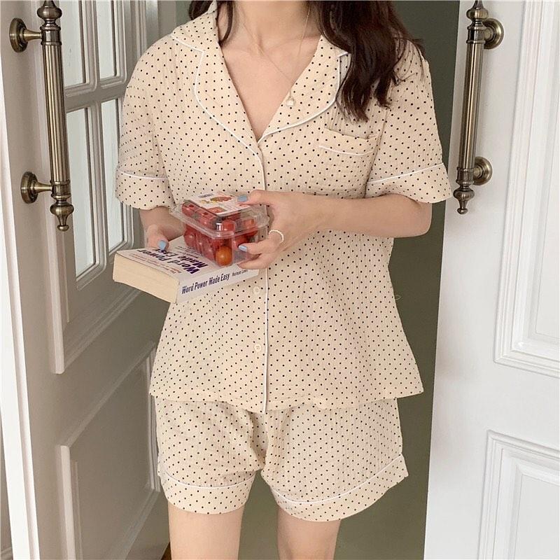Jisoo diện bộ pyjama gần 3 triệu, chị em thích thì sắm mấy bộ tương tự giá chỉ vài trăm này - Ảnh 7.