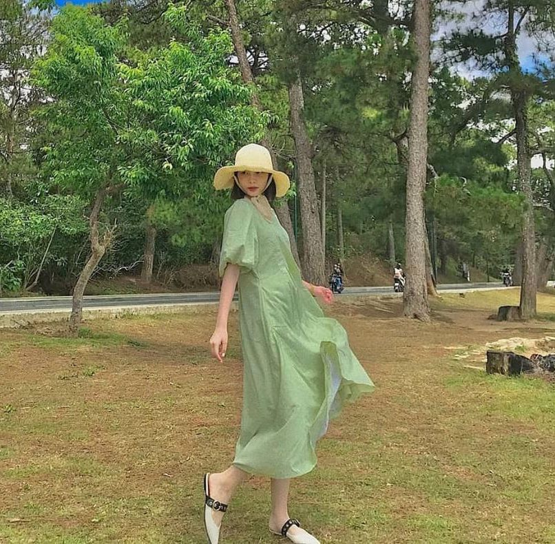 Học ca nương Kiều Anh tậu váy suông oversize giá chỉ vài trăm, mặc mát mà xinh như công chúa - Ảnh 9.