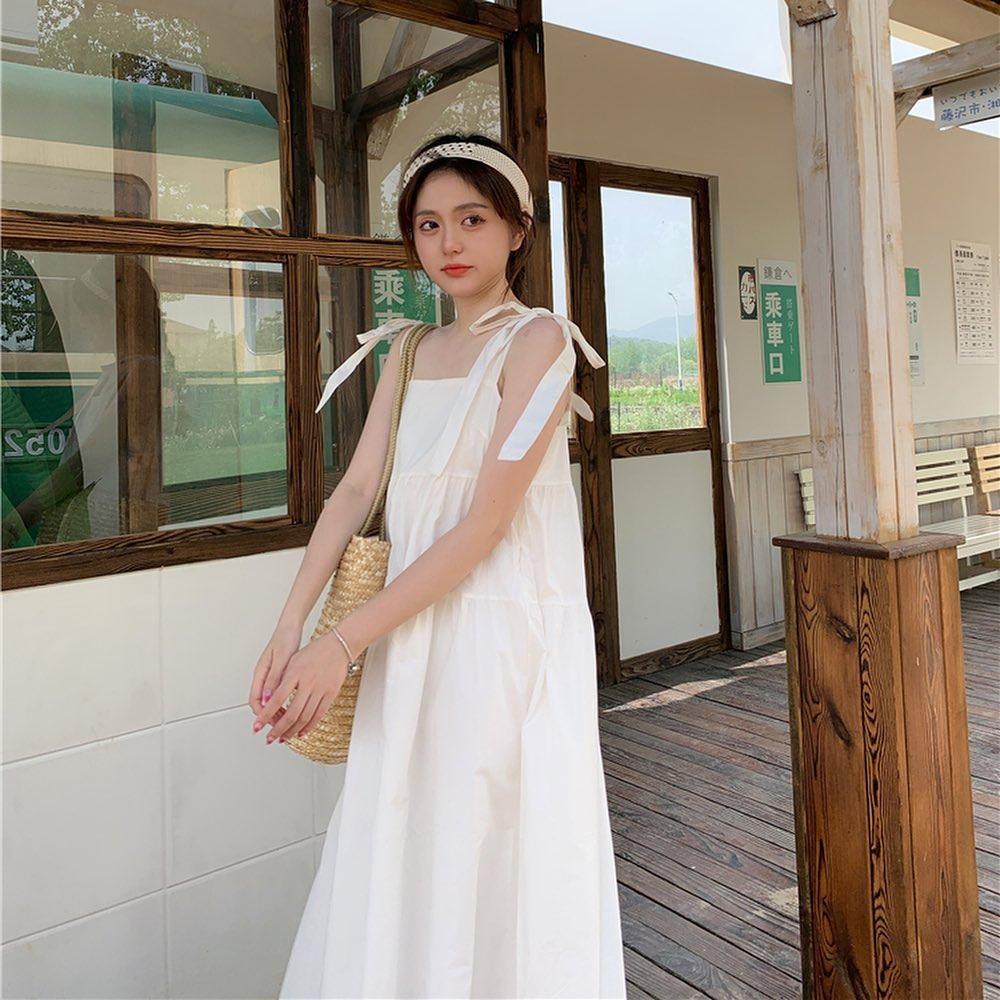 """Các shop đã về bao nhiêu váy hai dây xinh quá trời quá đất, giá chỉ từ 200k mà """"chuẩn đét"""" - Ảnh 5."""