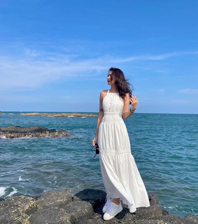 """Điểm mặt 3 item """"mặc là đẹp"""" của hội sao Việt khi đi biển, lên đồ đơn giản cũng ra ảnh sống ảo ngàn like! - Ảnh 6."""