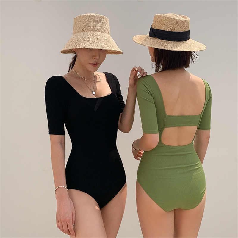 Á hậu Tú Anh mách chị em sắm đồ hè ngon rẻ: Hay nhất là bộ đồ bơi 168k có thể tận dụng làm áo cực sexy - Ảnh 3.