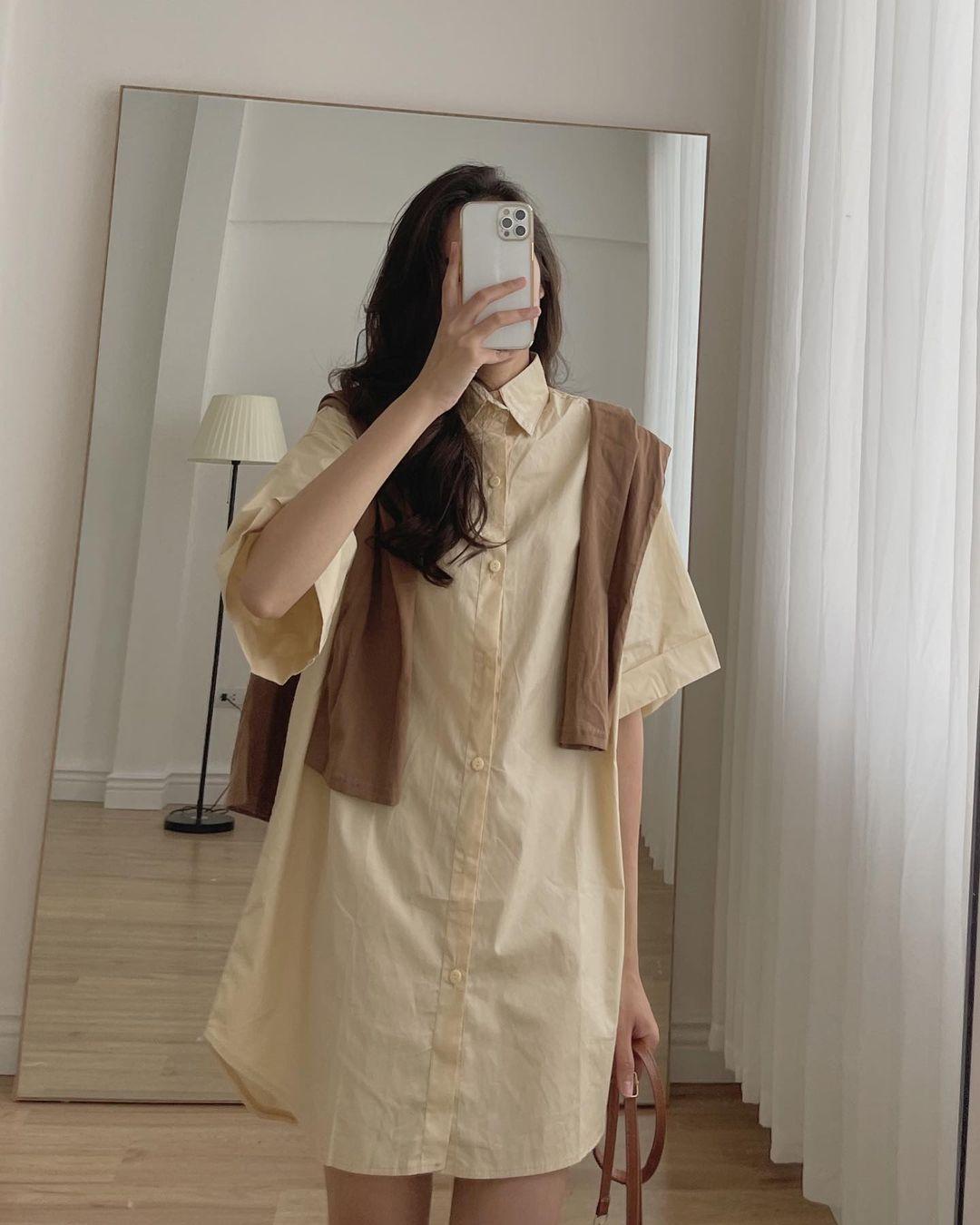 Sắm váy sơ mi rộng rãi mát mẻ mặc lên xinh như gái Hàn đi chị em, giá chỉ từ 180k thôi - Ảnh 3.