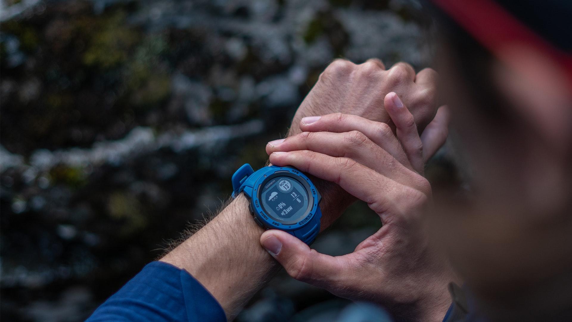 Deal hot trong tuần: Loạt smartwatch sale ''đẫm'' tới 50%, ví không dày cũng mua được hàng ngon - bổ - rẻ - Ảnh 3.