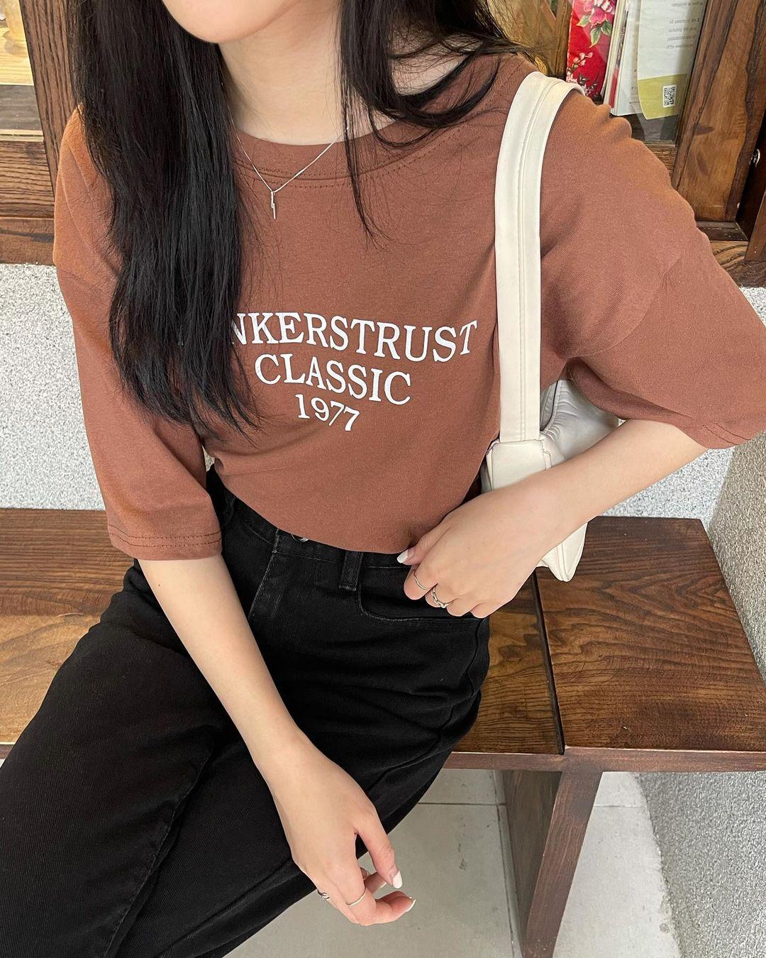 """Tuyển tập áo phông chuẩn style Hàn đẹp nhất tại các shop, chị em """"múc"""" ngay vì giá chỉ từ 150k - Ảnh 5."""