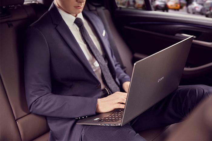 """Deal hot trong tuần: Loạt laptop giảm giá sâu, lên đến 8 triệu, cơ hội """"lên đời"""" để work from home hiệu quả hơn trong mùa dịch này - Ảnh 10."""
