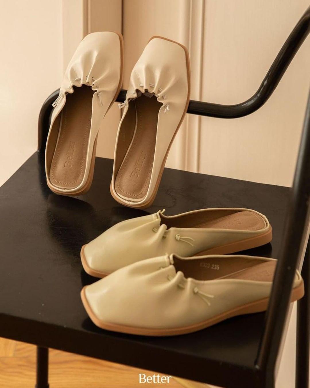 Giờ cứ diện giày mule là sang chảnh và thoải mái nhất, mình đã tìm được nhiều mẫu xinh thôi rồi cho các nàng đây - Ảnh 2.