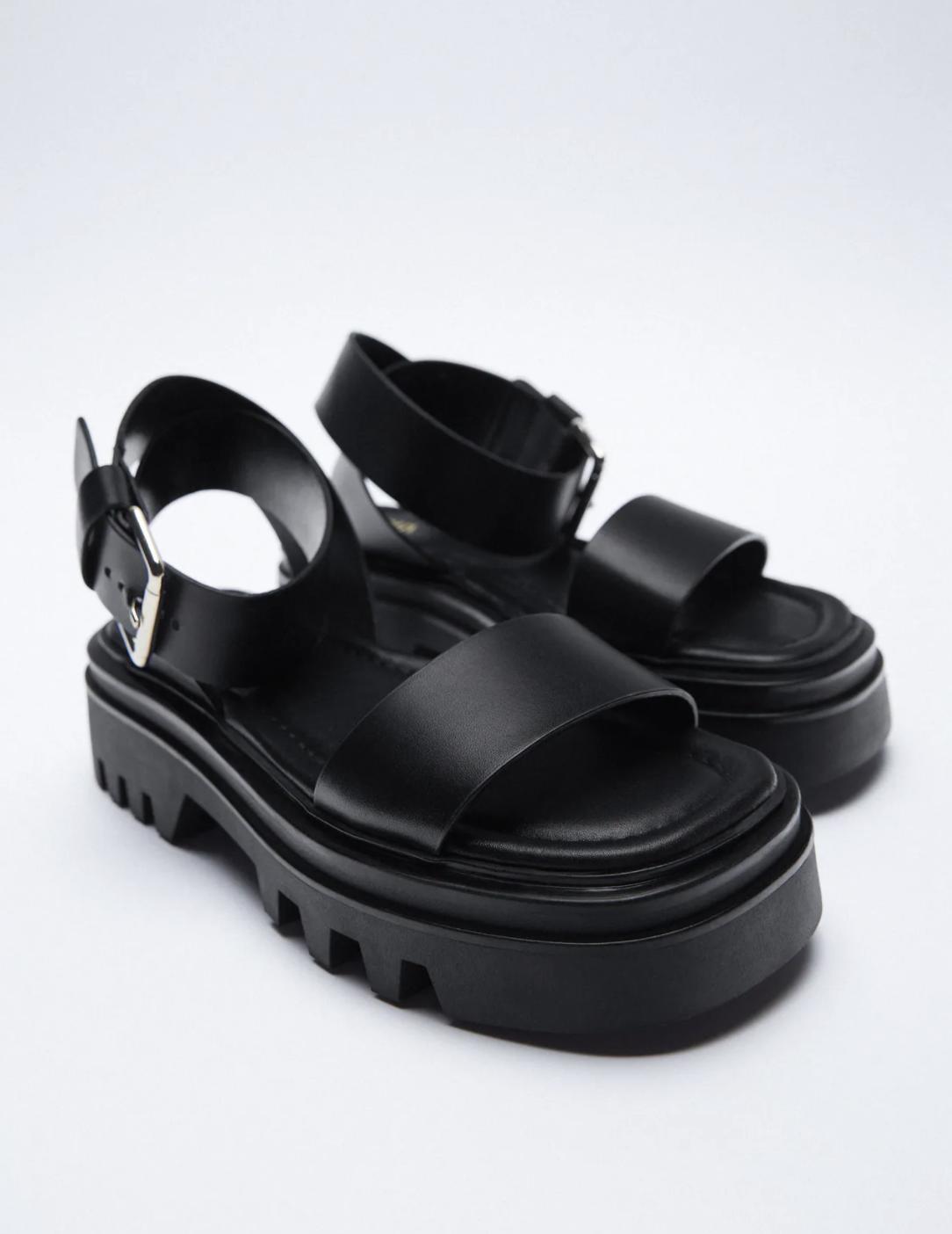 Tậu sandal đế độn hot trend thôi các nàng, vừa hack dáng cao ráo vừa cool bá cháy - Ảnh 9.
