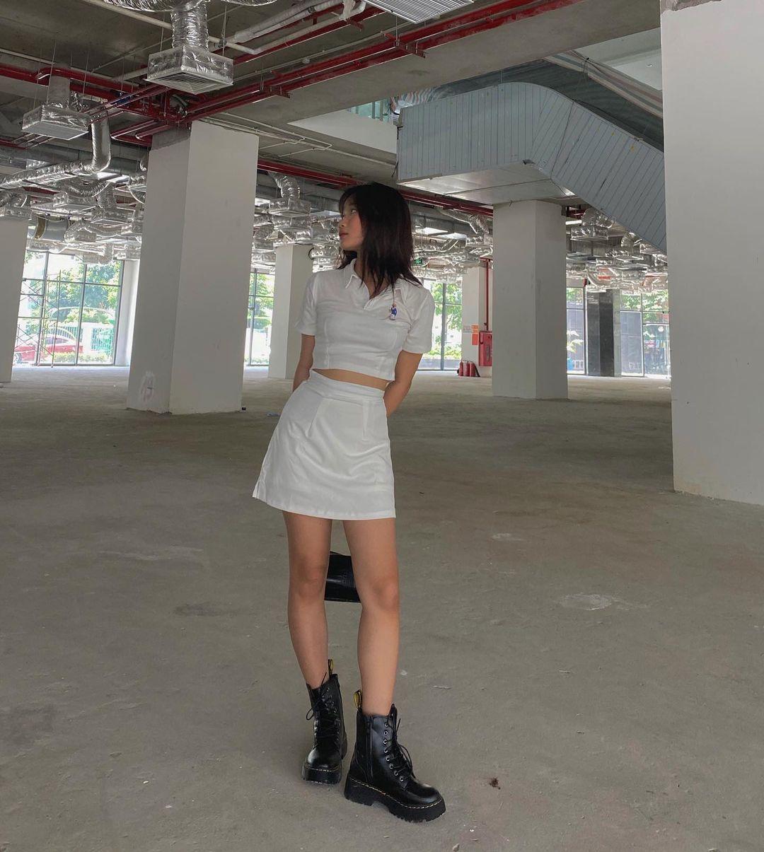 Insta look Gen Z tuần qua: Có nàng diện cả bra ra đường, màu trắng năm nay thành hot trend hay sao? - ảnh 24