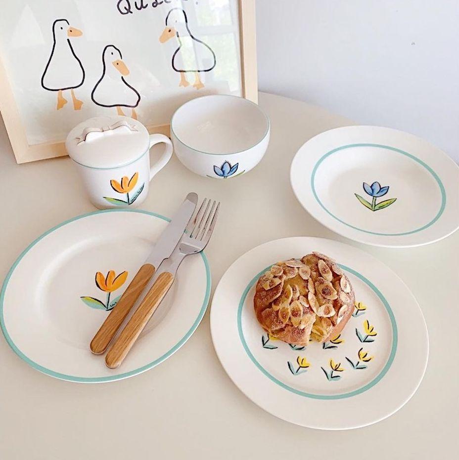 Hội chị em phù phiếm sẽ ưng: Tuyển tập bộ bát đĩa, cốc họa tiết hoa xinh mê mẩn cho mùa hè - Ảnh 5.
