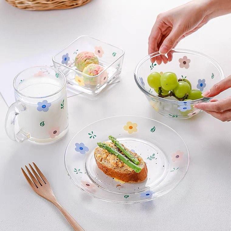Hội chị em phù phiếm sẽ ưng: Tuyển tập bộ bát đĩa, cốc họa tiết hoa xinh mê mẩn cho mùa hè - Ảnh 1.