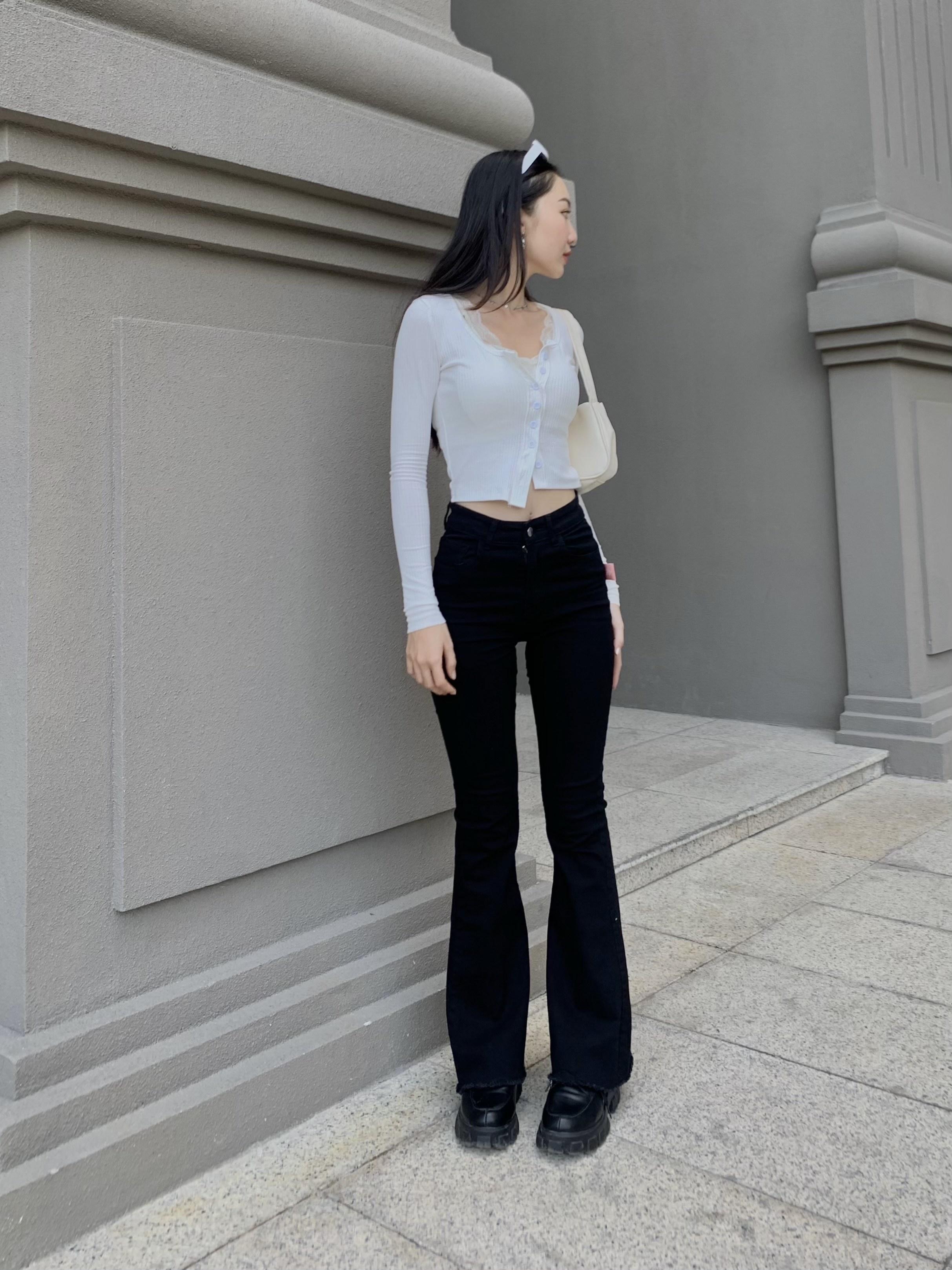 Insta look Gen Z tuần qua: Có nàng diện cả bra ra đường, màu trắng năm nay thành hot trend hay sao? - ảnh 20