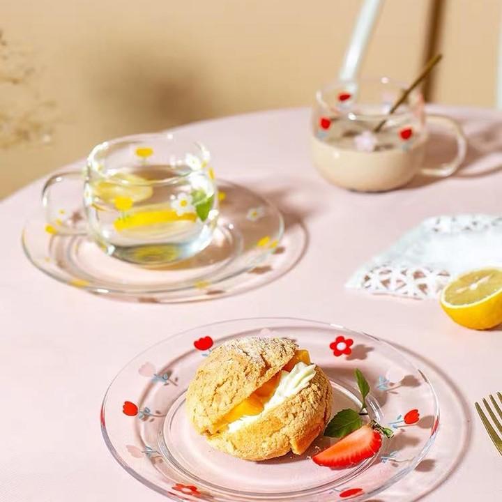 Hội chị em phù phiếm sẽ ưng: Tuyển tập bộ bát đĩa, cốc họa tiết hoa xinh mê mẩn cho mùa hè - Ảnh 4.