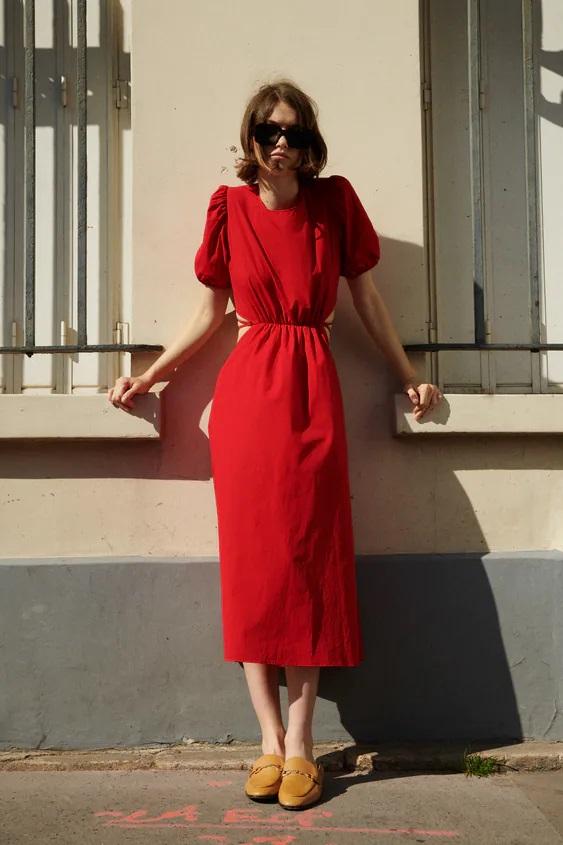 Hà Hồ - Lương Thùy Linh đụng váy Zara màu đỏ chứng minh hè này chị em nhất định nên sắm một chiếc - Ảnh 3.