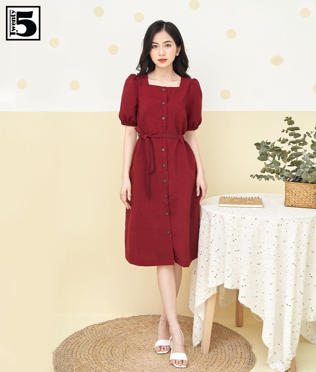 Hà Hồ - Lương Thùy Linh đụng váy Zara màu đỏ chứng minh hè này chị em nhất định nên sắm một chiếc - Ảnh 4.