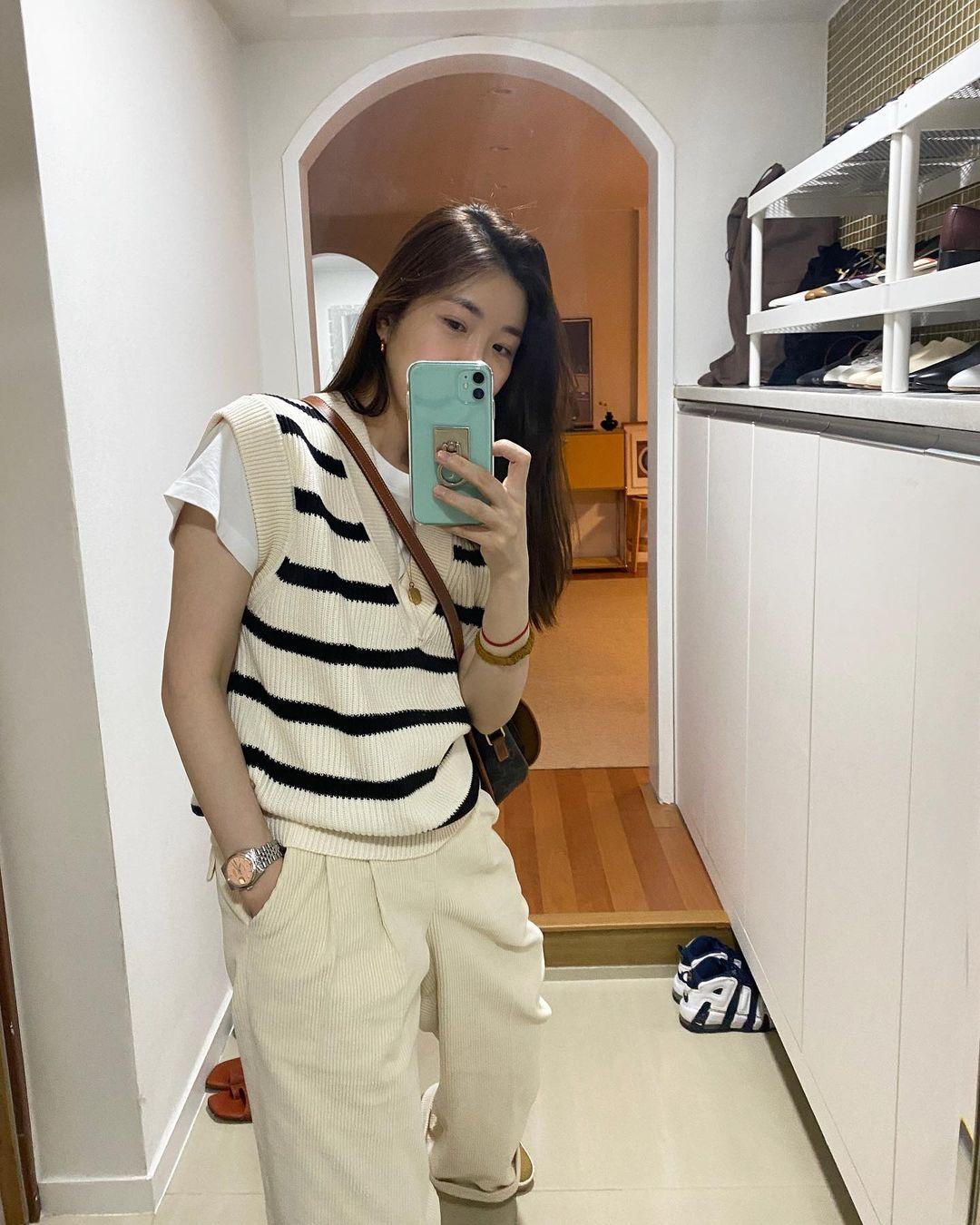 Tổng hợp đồ Zara sao Hàn vừa diện: Toàn món trendy xinh tươi, thích nhất là giá chỉ từ 500k - Ảnh 4.