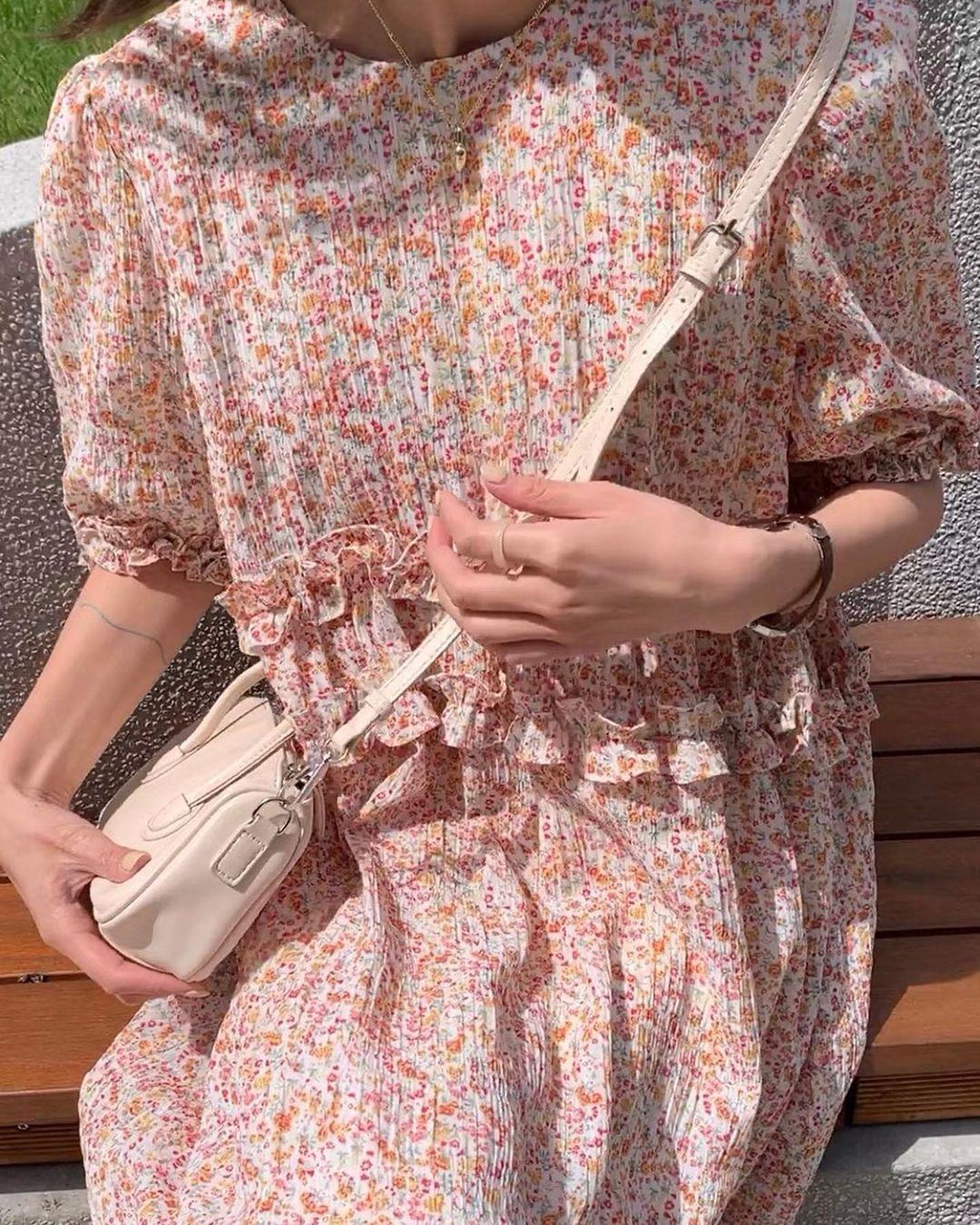 Thiều Bảo Trâm diện toàn váy hoa xinh ngất trong MV mới, bỏ vài ba trăm là bạn sắm được váy xinh ngang ngửa - Ảnh 8.