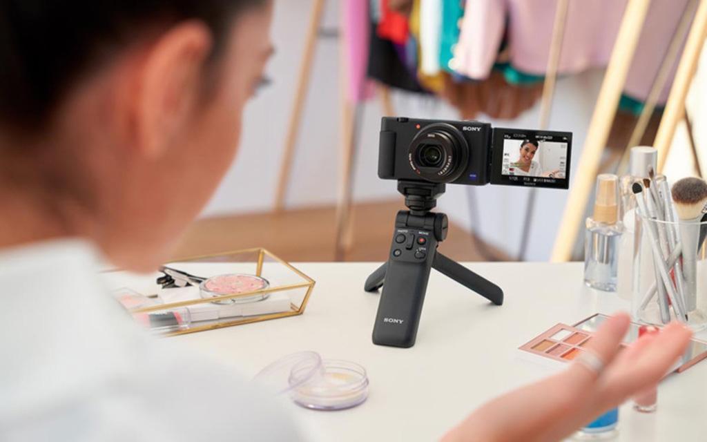 Chị em sẽ mê 5 máy ảnh giá từ 8 triệu chụp đâu đẹp đấy, gửi ảnh qua WiFi đăng liền tay khỏi cần chỉnh sửa - Ảnh 7.